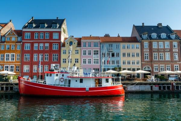Kolorowe domy nad kanałem Nyhavn